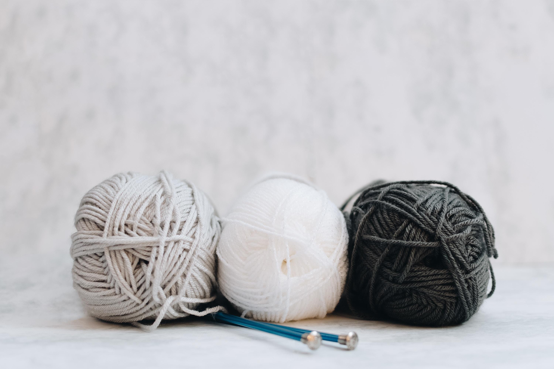 Pelotes de laine pas cheres - destockage de laine